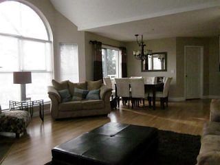 "Photo 3: 216 7435 121A Street in Surrey: West Newton Condo for sale in ""STRAWBERRY HILLS ESTATES 2"" : MLS®# F1326343"