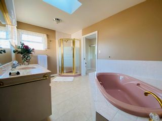 Photo 8: 15553 91A Avenue in Surrey: Fleetwood Tynehead House for sale : MLS®# R2613999