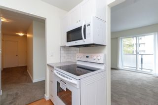 Photo 7: 202 904 Hillside Ave in : Vi Hillside Condo for sale (Victoria)  : MLS®# 874220