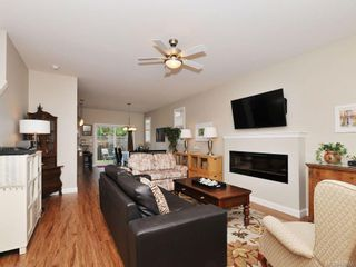 Photo 3: 1042 Whitney Crt in Langford: La Happy Valley House for sale : MLS®# 688665