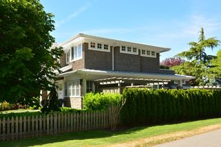 "Photo 2: 12261 SULLIVAN Street in Surrey: Crescent Bch Ocean Pk. House for sale in ""Crescent Beach"" (South Surrey White Rock)  : MLS®# F1443918"
