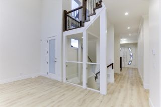 """Photo 4: 35341 RAVEN Court in Abbotsford: Abbotsford East House for sale in """"Eagle Mountain"""" : MLS®# R2573212"""