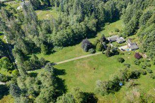 Photo 3: 5761 MCLAUGHAN Road in Sechelt: Sechelt District House for sale (Sunshine Coast)  : MLS®# R2479077