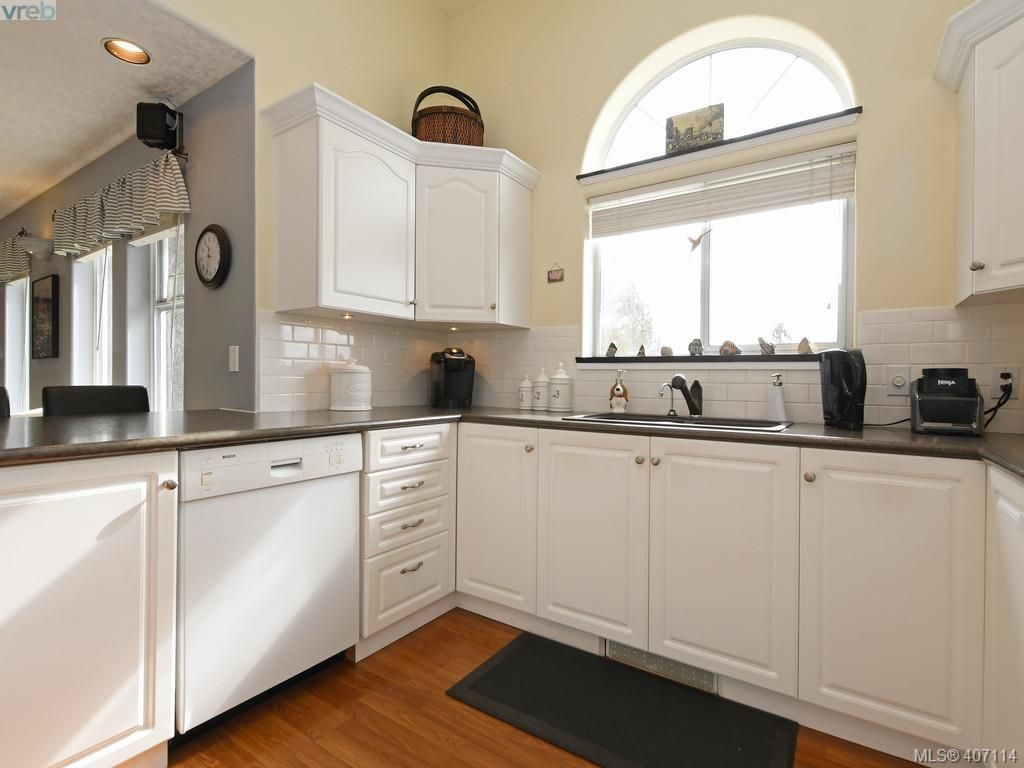 Photo 11: Photos: 5709 Wisterwood Way in SOOKE: Sk Saseenos House for sale (Sooke)  : MLS®# 809035