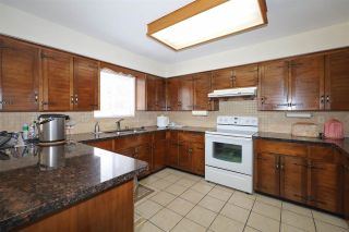 Photo 10: 10821 HOLLYMOUNT Drive in Richmond: Steveston North House for sale : MLS®# R2590985