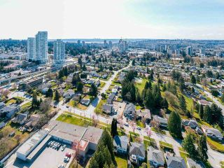 Photo 13: 2636 MOUNTVIEW Place in Burnaby: Oakdale House for sale (Burnaby North)  : MLS®# R2562921