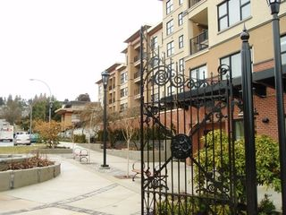 """Photo 1: 311 315 KNOX Street in New_Westminster: Sapperton Condo for sale in """"SAN MARINO"""" (New Westminster)  : MLS®# V751497"""