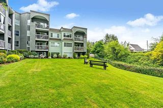 """Photo 19: 1 5700 200TH Street in Langley: Langley City Condo for sale in """"LANGLEY VILLAGE"""" : MLS®# R2582490"""