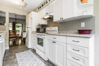 """Photo 5: 213 CORNELL Way in Port Moody: College Park PM Townhouse for sale in """"EASTHILL"""" : MLS®# R2386092"""