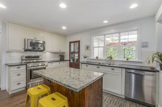 """Photo 4: 1425 129 Street in Surrey: Crescent Bch Ocean Pk. House for sale in """"Fun Fun Park"""" (South Surrey White Rock)  : MLS®# R2109994"""
