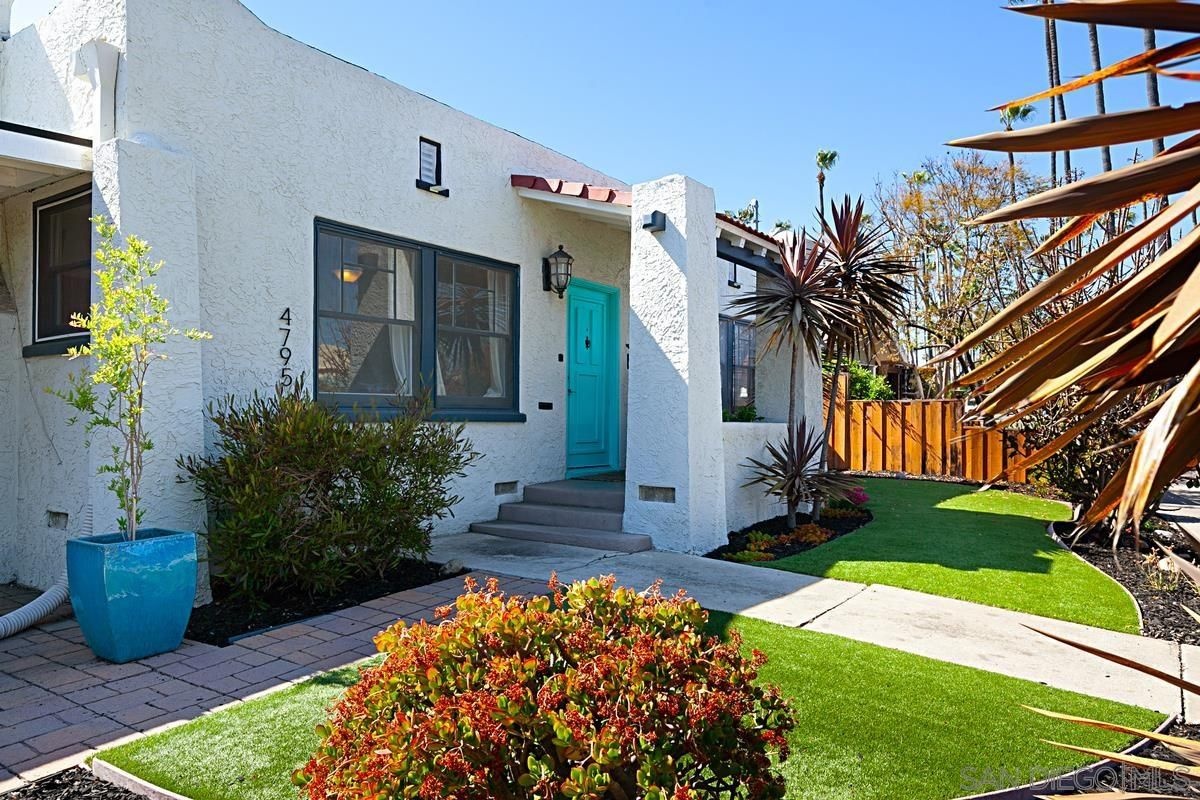 Main Photo: UNIVERSITY HEIGHTS House for sale : 2 bedrooms : 4795 Panorama Dr. in San Diego
