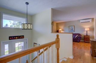 Photo 2: 41 Carriageway Court in Bedford: 20-Bedford Residential for sale (Halifax-Dartmouth)  : MLS®# 202010775