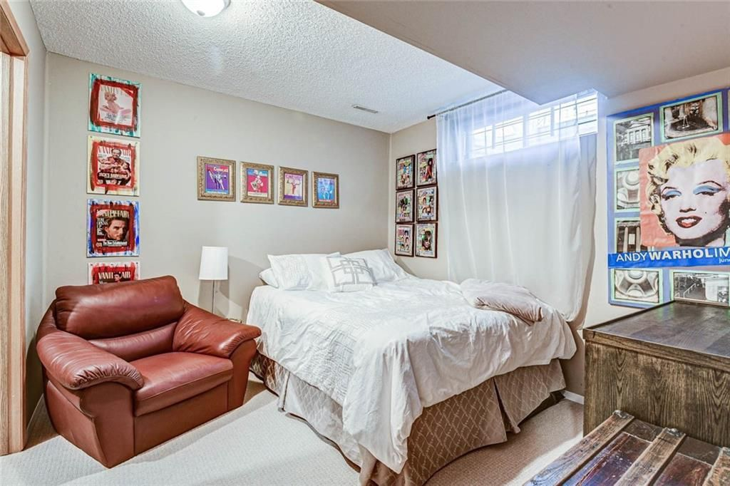 Photo 19: Photos: 62 RIVERCREST Circle SE in Calgary: Riverbend Detached for sale : MLS®# C4273736