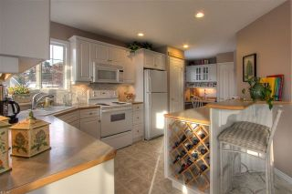 Photo 2: 2174 Bowron Court in Kelowna: Other for sale : MLS®# 10020794