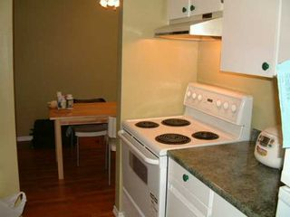 "Photo 4: 106 9880 MANCHESTER DR in Burnaby: Cariboo Condo for sale in ""BROOKSIDE COURT"" (Burnaby North)  : MLS®# V573569"
