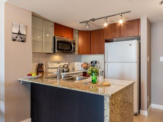 """Photo 8: 709 4078 KNIGHT Street in Vancouver: Knight Condo for sale in """"King Edward Village"""" (Vancouver East)  : MLS®# R2591633"""