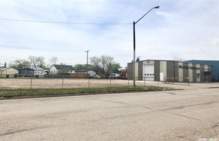 Photo 4: 326 5th Street in Estevan: Commercial for sale : MLS®# SK809177