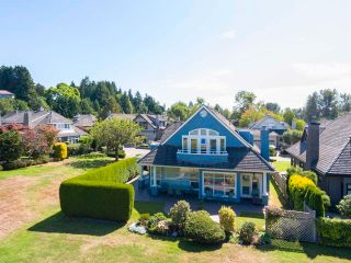 """Photo 9: 8315 TUGBOAT Place in Vancouver: Southlands House for sale in """"Angus Lands"""" (Vancouver West)  : MLS®# R2625838"""
