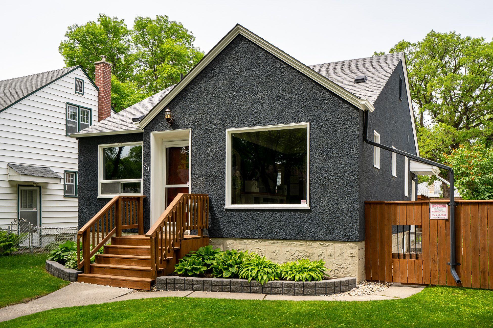 Main Photo: 901 Dudley Avenue in Winnipeg: Crescentwood House for sale (1Bw)  : MLS®# 202114157