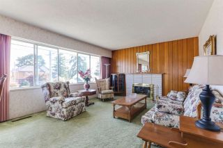 Photo 2: 1411 CORNELL Avenue in Coquitlam: Central Coquitlam House for sale : MLS®# R2395369