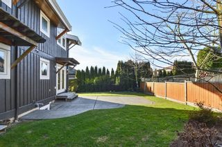 Photo 19: 1155 BALSAM Street: White Rock House for sale (South Surrey White Rock)  : MLS®# R2135110