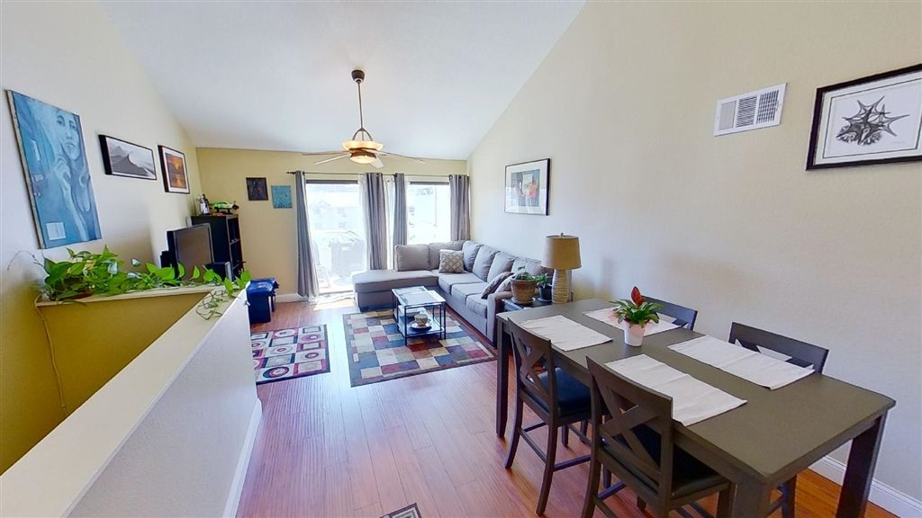 Photo 7: Photos: Condo for sale : 2 bedrooms : 7940 University Ave in La Mesa