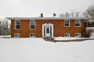 Main Photo: 617 Brookside Road in Brookside: 40-Timberlea, Prospect, St. Margaret`S Bay Residential for sale (Halifax-Dartmouth)  : MLS®# 202103159