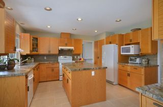 Photo 5: 4600 Granville Ave in Richmond: Quilchena Home for sale ()  : MLS®# V960089