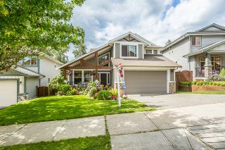 """Photo 2: 24773 MCCLURE Drive in Maple Ridge: Albion House for sale in """"UPLANDS"""" : MLS®# R2093807"""