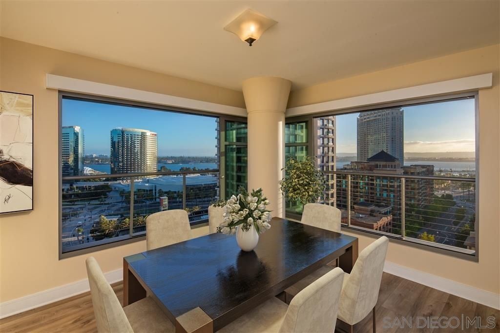 Main Photo: DOWNTOWN Condo for sale : 2 bedrooms : 645 Front St #1612 in San Diego