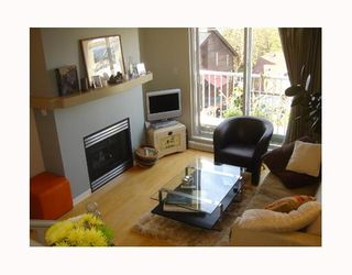 """Photo 5: 3727 W 10TH Ave in Vancouver: Point Grey Townhouse for sale in """"THE FOLKSTONE"""" (Vancouver West)  : MLS®# V644591"""