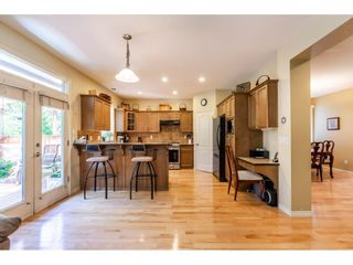 """Photo 5: 6655 187A Street in Surrey: Cloverdale BC House for sale in """"HILLCREST ESTATES"""" (Cloverdale)  : MLS®# R2578788"""