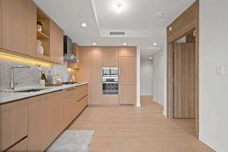 Photo 3: 1014 1768 COOK Street in Vancouver: False Creek Condo for sale (Vancouver West)  : MLS®# R2623942