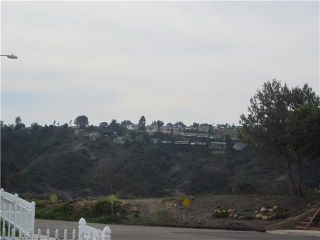 Photo 4: CLAIREMONT House for sale : 3 bedrooms : 4607 Monongahela Street in San Diego