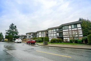 Photo 2: 307 1437 FOSTER STREET in South Surrey White Rock: White Rock Home for sale ()  : MLS®# R2247493