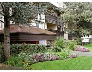 """Photo 1: 206 436 7TH Street in New_Westminster: Uptown NW Condo for sale in """"REGENCY COURT"""" (New Westminster)  : MLS®# V773976"""