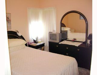 Photo 6: 389 HORACE Street in WINNIPEG: St Boniface Residential for sale (South East Winnipeg)  : MLS®# 2801042