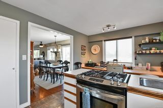 Photo 2: 924 Galerno Rd in : CR Campbell River Central House for sale (Campbell River)  : MLS®# 873779