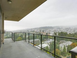 """Photo 11: 2002 2959 GLEN Drive in Coquitlam: North Coquitlam Condo for sale in """"THE PARC"""" : MLS®# R2213475"""