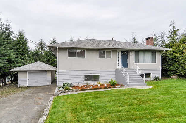 Main Photo: 412 DRAYCOTT Street in Coquitlam: Central Coquitlam House for sale : MLS®# v1002158
