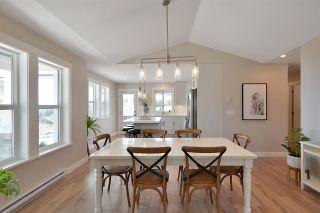 "Photo 4: 5673 KINGBIRD Crescent in Sechelt: Sechelt District House for sale in ""SilverStone Heights"" (Sunshine Coast)  : MLS®# R2586405"