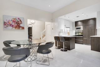 Photo 4: 896 HAMILTON Street in Vancouver: Downtown VW Townhouse for sale (Vancouver West)  : MLS®# R2621491