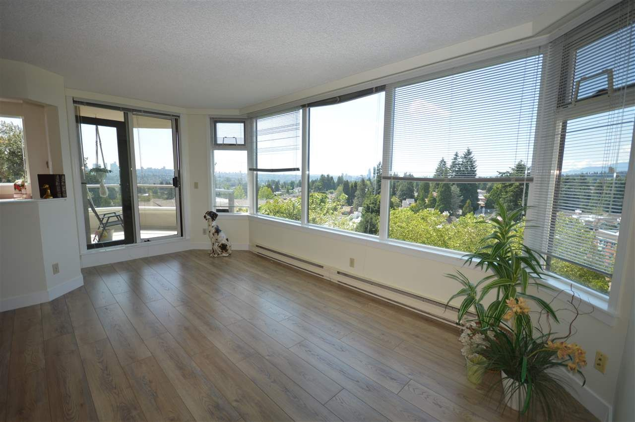 """Main Photo: 1004 7321 HALIFAX Street in Burnaby: Simon Fraser Univer. Condo for sale in """"AMBASSADOR"""" (Burnaby North)  : MLS®# R2472930"""