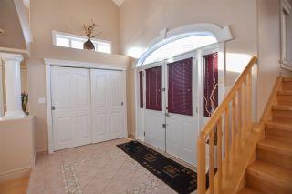 Photo 2: 16115 57 Street in Edmonton: Zone 03 House for sale : MLS®# E4224780