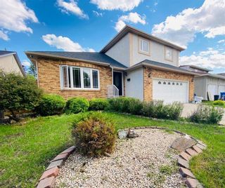 Photo 1: 138 Westchester Drive in Winnipeg: Linden Woods Residential for sale (1M)  : MLS®# 202025106
