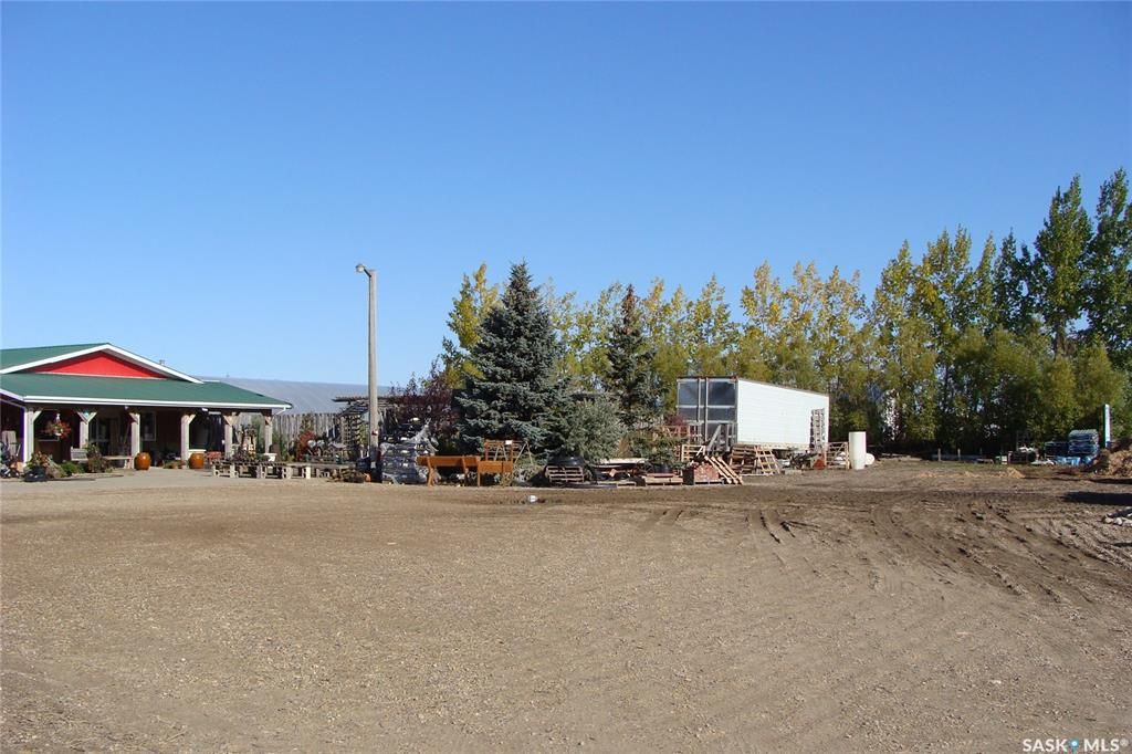 Photo 8: Photos: 704 4th Avenue East in Watrous: Commercial for sale : MLS®# SK870513