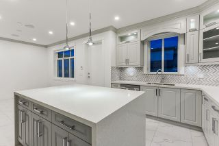 Photo 14: 5652 KILLARNEY Street in Vancouver: Collingwood VE House for sale (Vancouver East)  : MLS®# R2558361