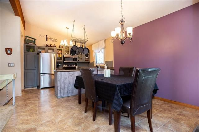 Photo 3: Photos: 246 Tufnell Drive in Winnipeg: River Park South Residential for sale (2F)  : MLS®# 1918544