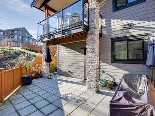 """Photo 20: 20 3618 150 Street in Surrey: Morgan Creek Townhouse for sale in """"VIRIDIAN"""" (South Surrey White Rock)  : MLS®# R2431813"""