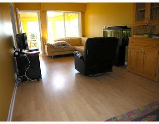 Photo 3: 2812 DOLLARTON Highway in North_Vancouver: Seymour House for sale (North Vancouver)  : MLS®# V683442